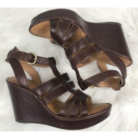 31583a4404e BORN Leather PEMBERLY Wedge High Heels Sandals 10